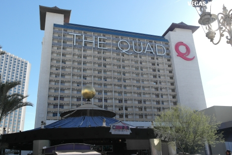 the-quad-hotel-aussenansicht